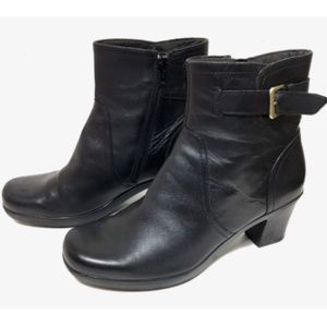 Clarks Dream Harmony Leather Ankle Boots Size 9M